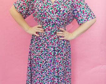 Beautiful pastel flower print tea dress