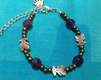 Bracelet of stone mineral and bears