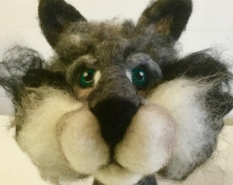 Needle felted wolf head, wolf head sculpture, wolf picture, wolf ornament, wolf puppet, fairytale wolf, wolf figurine, wool wolf, wolf