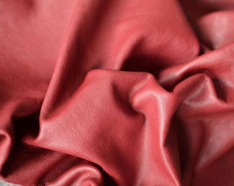 Dark Red Natural Leather Italian Leather Hide  5-6 sq ft 90cm x 50cm , Thickness:1,1 mm soft leather crimson red  b810