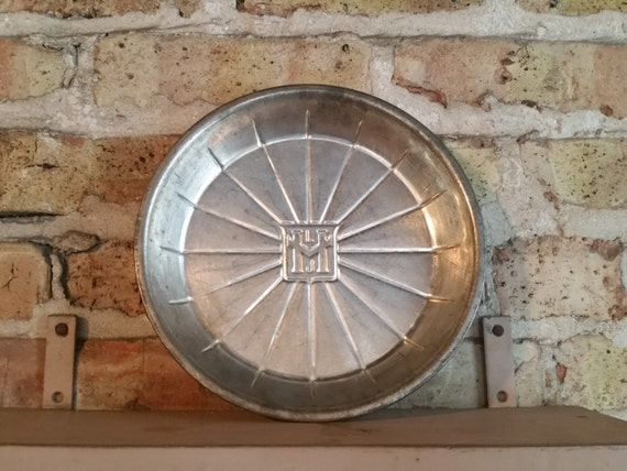 Vintage Advertising Pie Tin | Lloyd J Harris Pie Company | 1940's LJH Pie Plate | Antique Bakery Pan | Shabby Chic / Farmhouse Kitchen Decor
