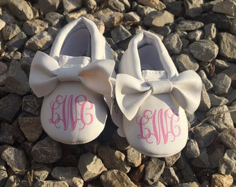 Personalized Baby Moccasin Style Shoes - many options!, Baby Shoes, Baby Moccasins, Moccasin Baby Shoes