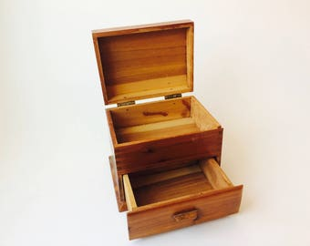 Vintage Wood Jewelry Chest/Small Wood Jewelry Box/Vintage Wood Box/Rustic Home Decor/Primitive Box