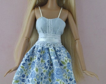 Beautiful handmade dress for Moxie Teenz dolls