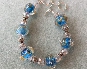 Azure seas borosilicate glass bead bracelet
