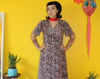Vintage 1970's Brown Leopard short sleeve Maxi dress