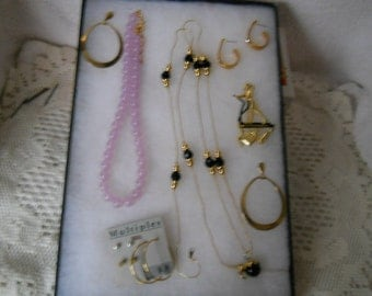 Vintage Jewelry Lot Necklaces Earrings Pin #931