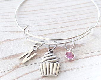Cupcake Bracelet, Cupcake present, bracelet for her, birthday bangle, beautiful woman, Birthday bracelet, gift for her, teen bracelet