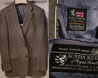 Vintage 40R Austin Reed Tweed Sports Coat with Leather Knot Buttons, Gray Herringbone Weave, Fully Lined, Single Vent, Excellent Condition