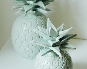 Green ceramic pineapple