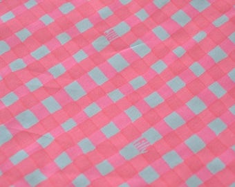 "18"" x 18"" YUMMY MELON ~ Lilly Pulitzer Signature Fabric ~ Pink and White Gingham Check"