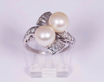 Platinum Pearl Ring with Baguette and Round diamonds, size 7.5