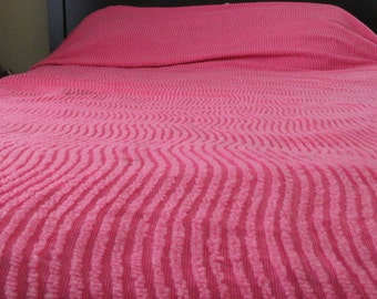Vintage  Hot Pink Queen/Full Size Bedspread