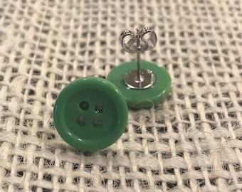 Green button earrings!