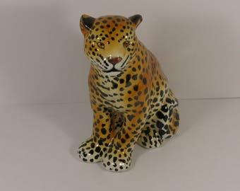 Vintage Italian Mottahedah Ceramic Leopard Figurine.