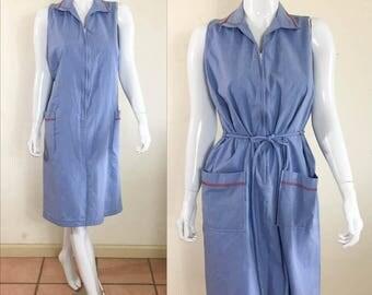 80s DOES 60'S  Vintage Light Blue Belted SMOCK House Dress M