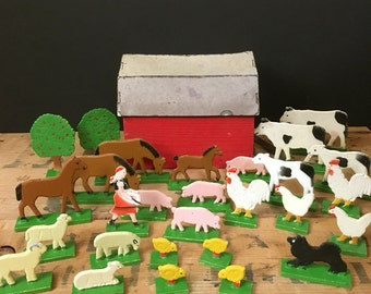 Vintage 1940s miniature Erzgebirge farm set, 28 pieces plus original barn box