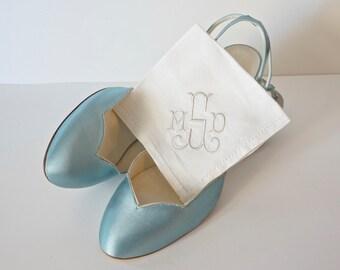 Wedding Monogrammed Handkerchief, Personalized Bridal Handkerchiefs, Embroidered Handkerchief Gift