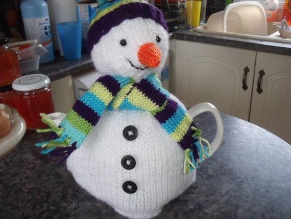 Christmas Snowman tea cosy to fit a 6-8 cup tea pot