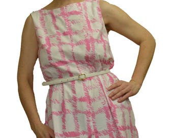 Size 14 summer shift dress in pink and white