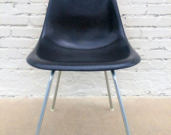 Mid Century Modern Herman Miller Shell Chair