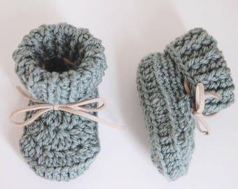 Handmade Crochet Baby Booties - Green - newborn/6 months