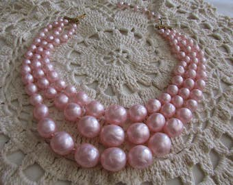 Vintage Pearl Necklace/Vintage Pink Pearls/Vintage Triple Strand Pearl Necklace/Vintage Pearls/Costume Jewelry - FREE SHIPPING U.S.A.!!!
