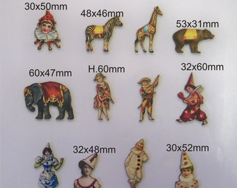 CIRCUS PERFORMERS.  12 X Wooden cutouts