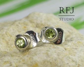 Natural Peridot Earrings, Silver Studs, Green Peridot Dainty 925 Silver Earrings, Small Peridot Earrings, Minimal, Tiny Mini Green Earrings