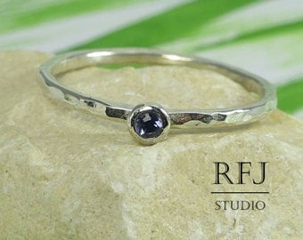 Natural Iolite Hammered Silver Ring, Round Cut 2 mm Iolite Ring, Sterling Silver Iolite Ring with Medium Texture, Blue Iolite Stackable Ring