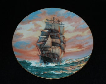 """1989 W.S. George The Golden Age of the Clipper Ships """"The Blue Jacket at Sunset"""" Collector Plate by Charles Vickery"""