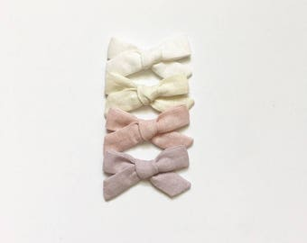 Hand-Dyed Linen Bows