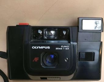 Vintage Olympus Trip AF  Zuiko 35mm camera