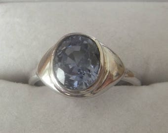 Blue Natural Sapphire Ring Set in 18 Carat White Gold