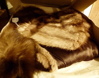 Kendals of Manchester fur stole in original box