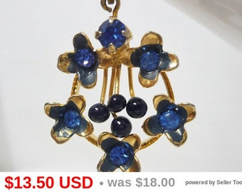 Blue Flower Pendent - Gold Tone Chain Necklace - Sapphire Blue Crystal Rhinestones - Vintage Lavalier