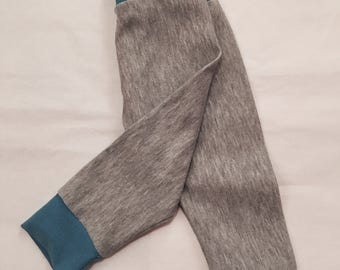 Baby leggings with cuffs