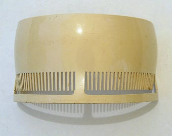 1920's Bobbed Haircut Guide Comb. Flapper Hairstyle.