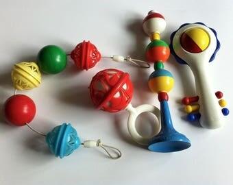 Vintage 1950's nursery toys, rattles, pram toy, highchair toy. Job lot. Merit safe-play.