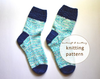 Striped Lacy Socks Knitting Pattern // Sock Knitting Pattern for Beginners // Detailed Sock Knitting Pattern // Beginner Lace Pattern