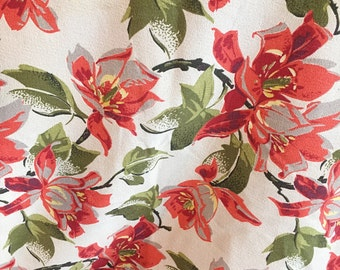 Tropical White, Gray, Red & Green Barkcloth Curtain Cutter