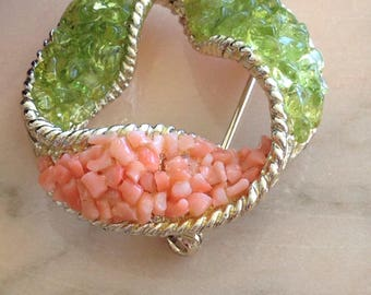 Brooch peridot, coral & gold 1955 makers vintage: 11 W 30 ST INC