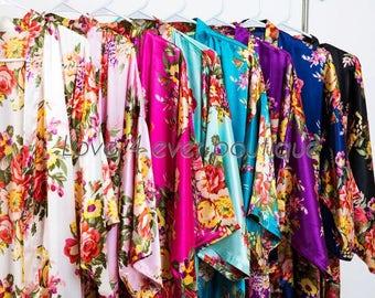 Bridesmaid robes set of 7, Silk Bridesmaid gifts, Bridal party gift, getting ready robe, personalized floral robe, white satin bridal robe