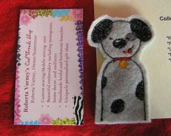 Puppy finger puppet - Embroidered Finger Puppets - travel toy -  quiet time toy - Compliant Finger puppet -  Compliant toy