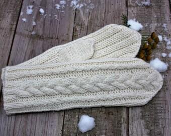 Hand knitted woolen mittens, woolen mittens, warm and soft hand knitted merino wool mittens, natural wool hand knitted mittens, warm mittens