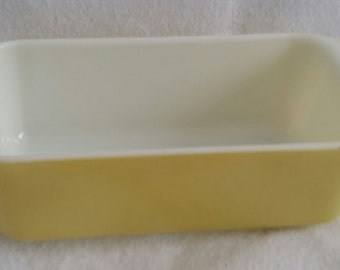 "Pyrex Baking dish Lemon Yellow 10"" x 5"" Rectangular"
