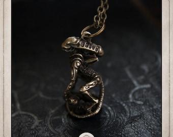 XENOMORPH of the movie ALIEN, bronze necklace Covenant COP039