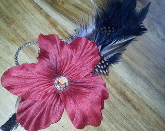 Red Flower hairclip