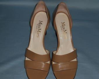 Authentic vintage MaxMara shoes ! Genuine leather !