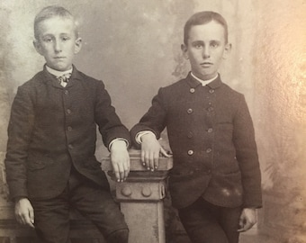 "Vintage Cabinet Card Photo Victorian Picture 2 Young Boys Posing 6.5"" X 4"""